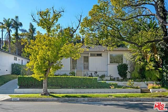 2007 Hillsboro Avenue, Los Angeles (City), CA 90034 (#20553558) :: Go Gabby