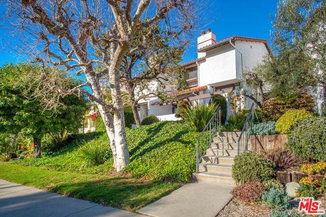 1535 Michael Lane, Pacific Palisades, CA 90272 (#20550834) :: The Ashley Cooper Team