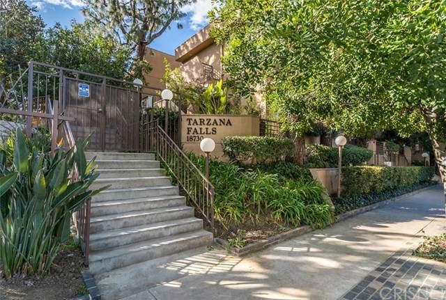 18730 Hatteras Street #16, Tarzana, CA 91356 (#SR20033095) :: Veléz & Associates