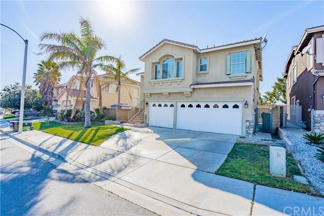 5872 Pine Valley Drive, Fontana, CA 92336 (#IV20033096) :: Case Realty Group