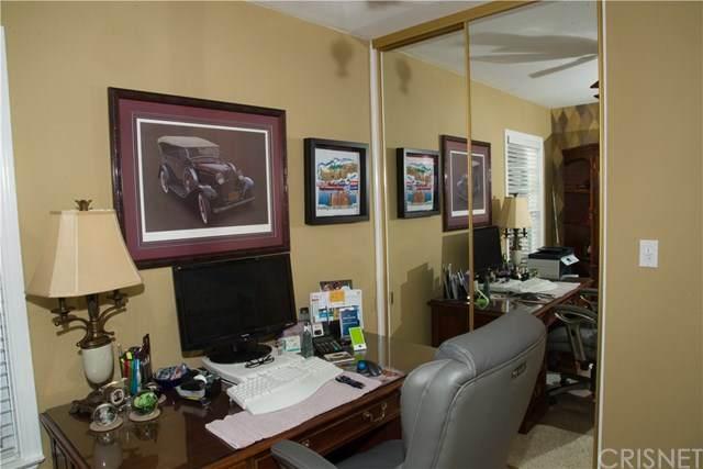 23515 Via Chantilly, Valencia, CA 91355 (#SR20028963) :: Crudo & Associates