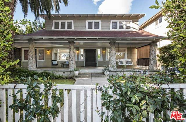 1243 N Fuller Avenue, West Hollywood, CA 90046 (#20553974) :: Crudo & Associates