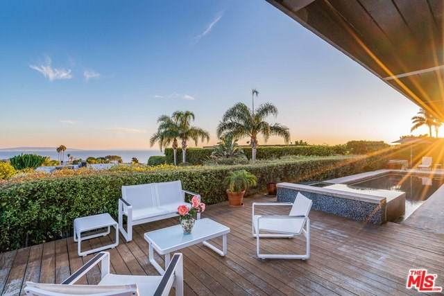1084 Glenhaven Drive, Pacific Palisades, CA 90272 (#20553692) :: The Ashley Cooper Team