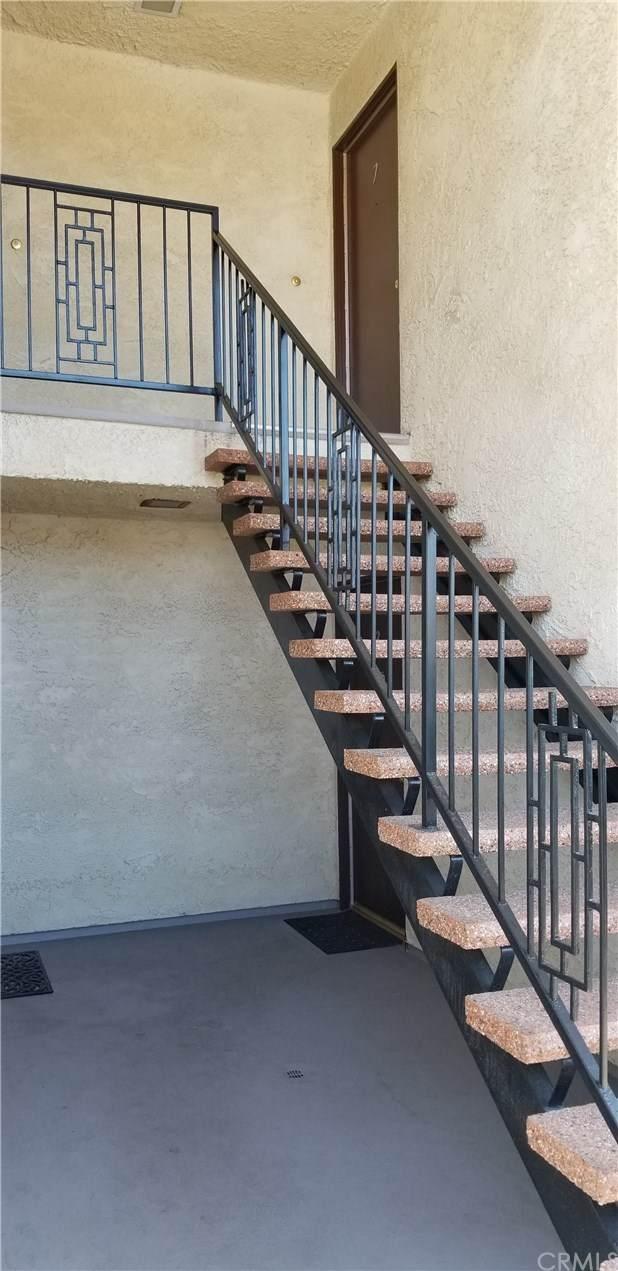 928 W 9th Street W, San Pedro, CA 90731 (#SB20031675) :: Berkshire Hathaway Home Services California Properties