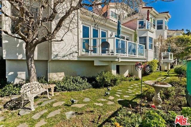 2034 Palisades Drive Drive, Pacific Palisades, CA 90272 (#20554142) :: RE/MAX Masters