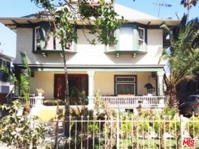 2718 Kenwood Avenue, Los Angeles (City), CA 90007 (#20554186) :: Z Team OC Real Estate