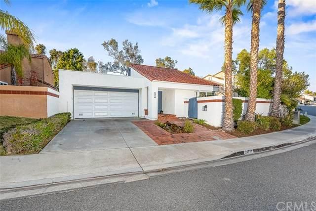24871 Luna Bonita Drive, Laguna Hills, CA 92653 (#OC20029711) :: Veléz & Associates