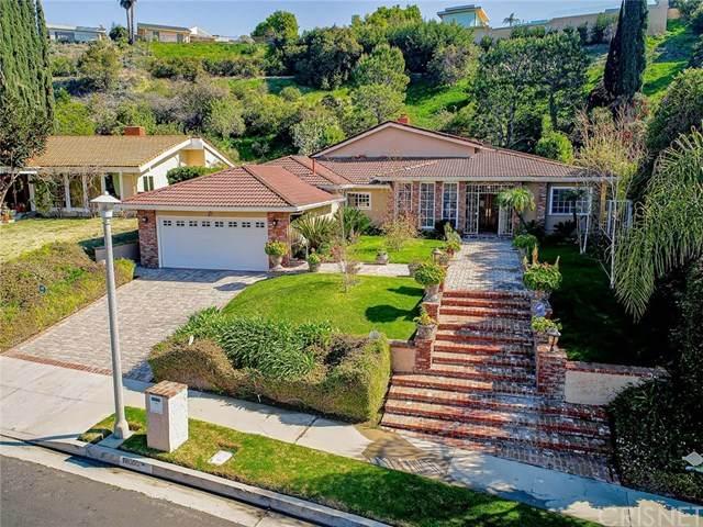 18000 Medley Drive, Encino, CA 91316 (#SR20029658) :: RE/MAX Estate Properties
