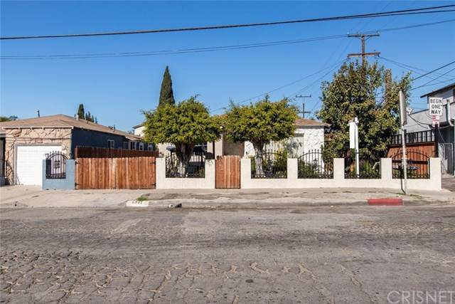 1017 W 119th Street, Los Angeles (City), CA 90044 (#SR20030488) :: Allison James Estates and Homes