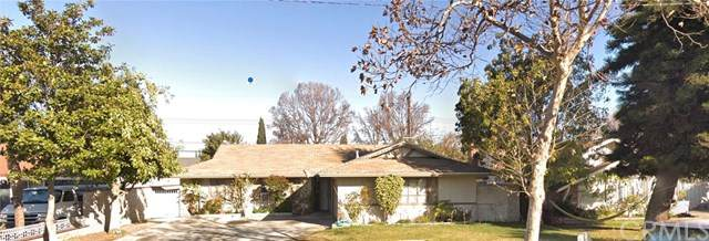 2025 W 9th Street, Santa Ana, CA 92703 (#OC20031548) :: Keller Williams Realty, LA Harbor