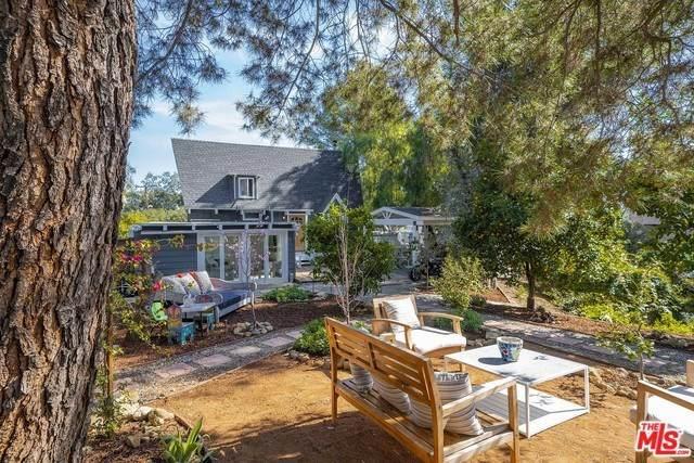 21316 Hillside Drive, Topanga, CA 90290 (#20554602) :: Twiss Realty