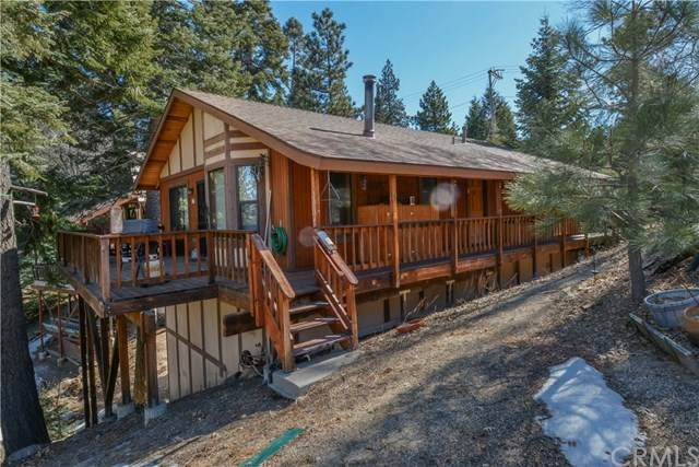 2369 Deep Creek Drive, Running Springs, CA 92382 (#EV20034205) :: The Brad Korb Real Estate Group