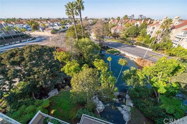 20301 Bluffside Circle #408, Huntington Beach, CA 92646 (#OC20033803) :: Compass Realty