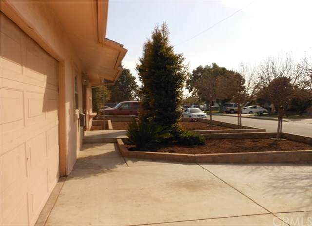 9827 Lindero Avenue, Montclair, CA 91763 (#OC20030007) :: Apple Financial Network, Inc.