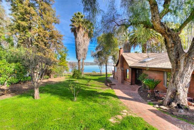 17078 Grand Avenue, Lake Elsinore, CA 92530 (#OC20034190) :: Go Gabby