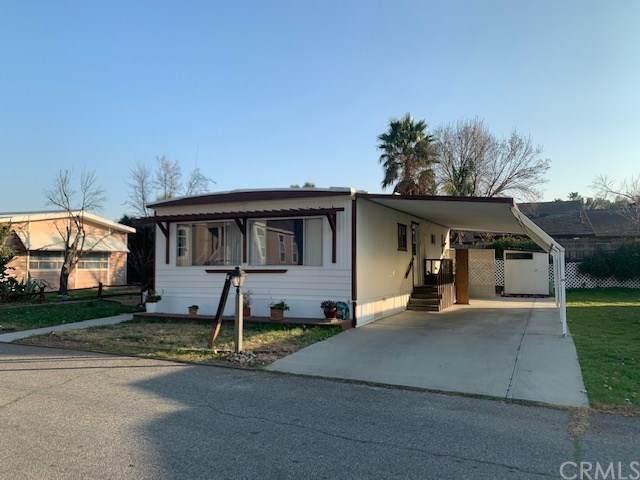 21100 State Street #4, San Jacinto, CA 92583 (#SW20021953) :: Go Gabby