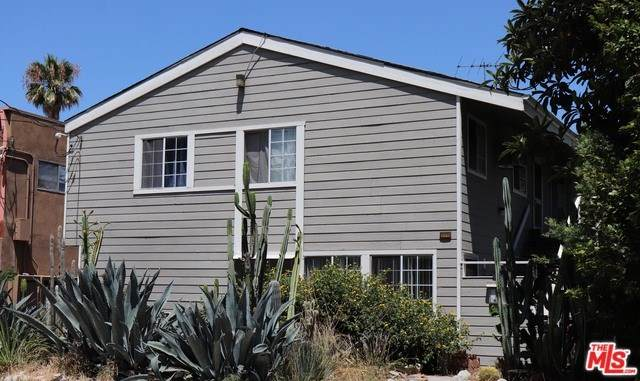 10911 Bloomfield Street, North Hollywood, CA 91602 (#20552688) :: Allison James Estates and Homes