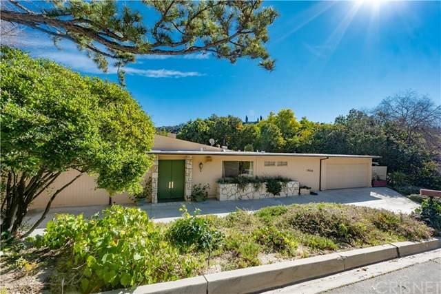 15525 High Knoll Road, Encino, CA 91436 (#SR20026724) :: Berkshire Hathaway HomeServices California Properties