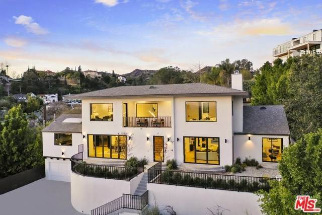 4301 Cromwell Avenue, Los Angeles (City), CA 90027 (#20554932) :: Berkshire Hathaway Home Services California Properties