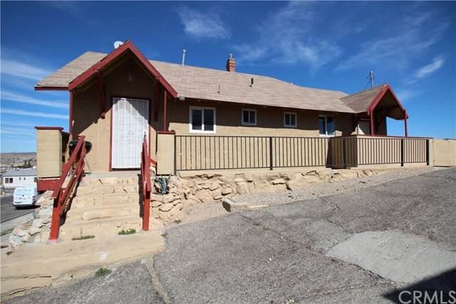 407 Barstow Road, Barstow, CA 92311 (#EV20035145) :: The Brad Korb Real Estate Group