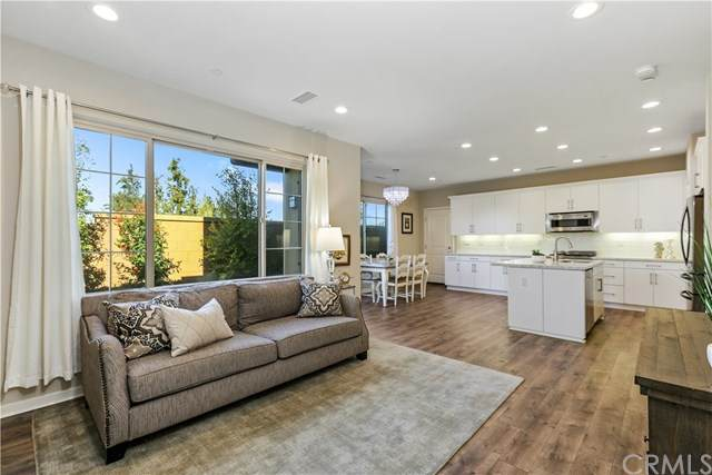 119 Excursion, Irvine, CA 92618 (#PW20034383) :: Case Realty Group