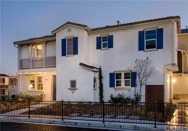 7320 Hawkeye Ridge Road, Jurupa Valley, CA 92509 (#SW20034450) :: The Brad Korb Real Estate Group