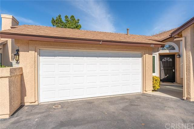 22903 Banyan Place #226, Saugus, CA 91390 (#SR20035632) :: The Brad Korb Real Estate Group