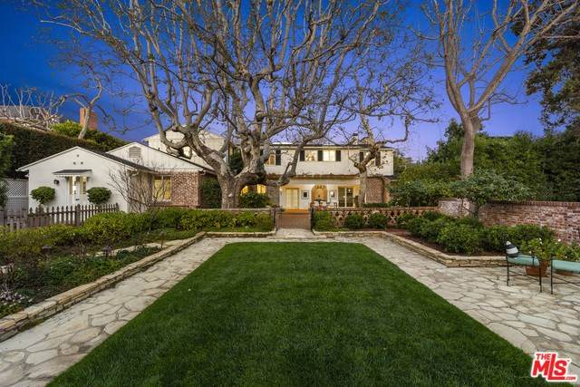 707 N Palm Drive, Beverly Hills, CA 90210 (#20555254) :: RE/MAX Masters