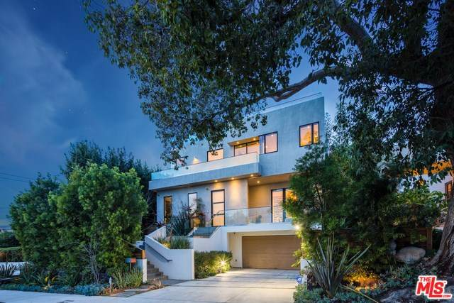 14635 Whitfield Avenue, Pacific Palisades, CA 90272 (#20554538) :: Berkshire Hathaway Home Services California Properties