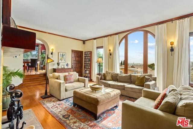 6351 Longview Avenue, Los Angeles (City), CA 90068 (#20553808) :: Allison James Estates and Homes