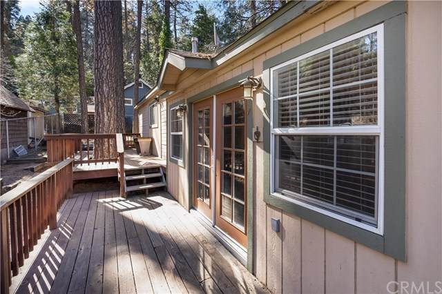 23749 Pioneer Camp Road, Crestline, CA 92325 (#CV20035864) :: Allison James Estates and Homes