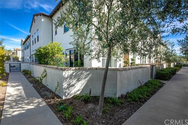 1209 El Paseo, Lake Forest, CA 92610 (#OC20035669) :: The Laffins Real Estate Team