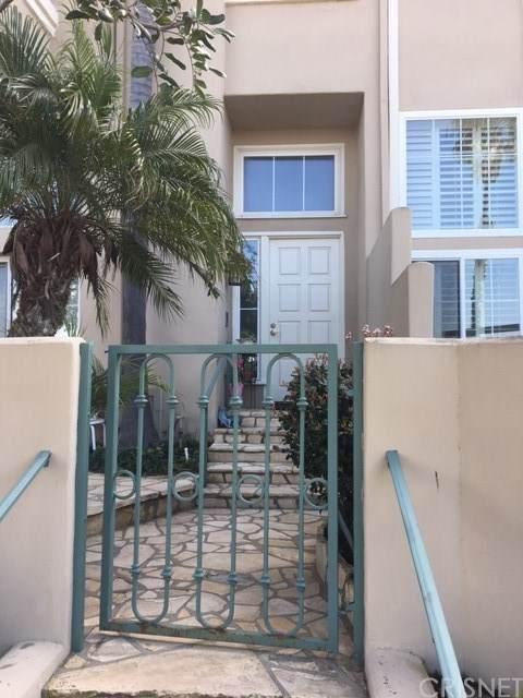 19267 Archfield Lane, Huntington Beach, CA 92648 (#SR20036325) :: Berkshire Hathaway Home Services California Properties