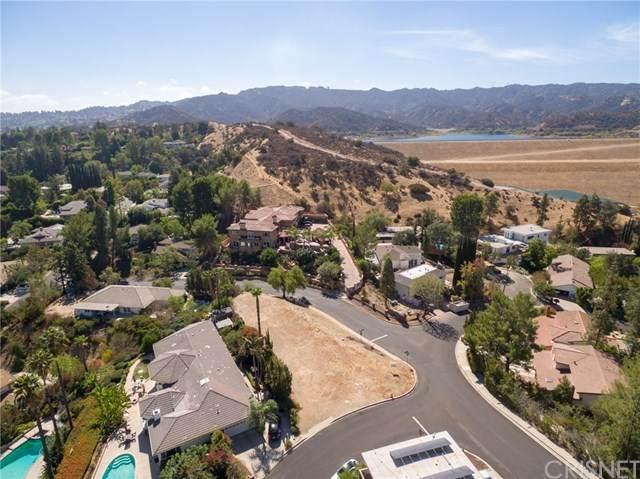 17354 Toquet Drive, Encino, CA 91316 (#SR20036317) :: Veléz & Associates