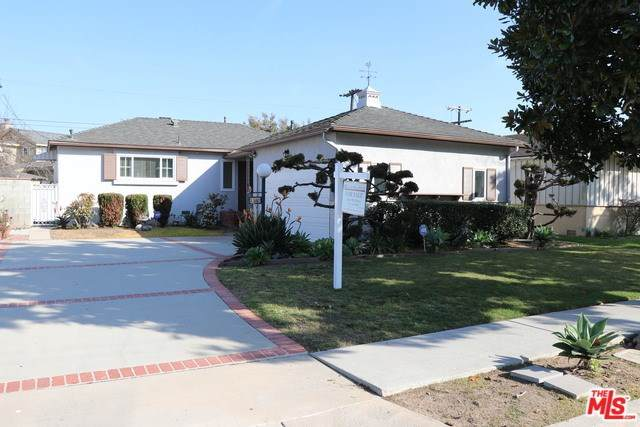 8352 Georgetown Avenue, Los Angeles (City), CA 90045 (#20555740) :: Allison James Estates and Homes