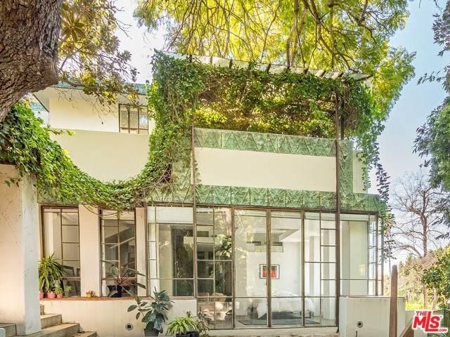 2255 Verde Oak Drive, Los Angeles (City), CA 90068 (#20552378) :: RE/MAX Masters