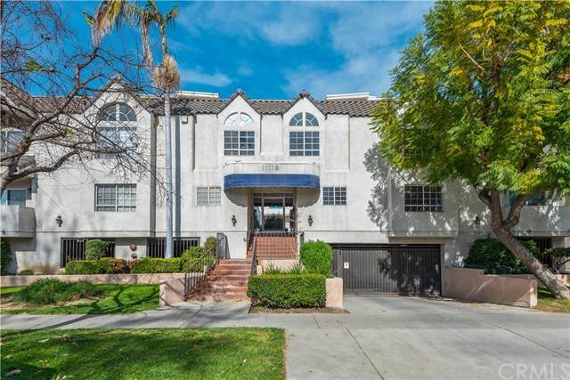 11119 Camarillo Street #101, North Hollywood, CA 91602 (#ND20034656) :: Pacific Playa Realty