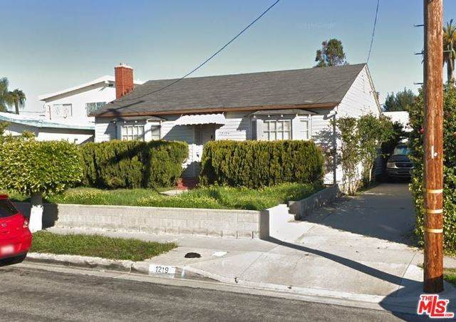 1219 W 121ST Street, Los Angeles (City), CA 90044 (#20555806) :: Allison James Estates and Homes