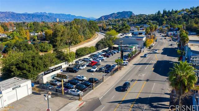 11601 Ventura Boulevard, Studio City, CA 91604 (#SR20036806) :: The Brad Korb Real Estate Group