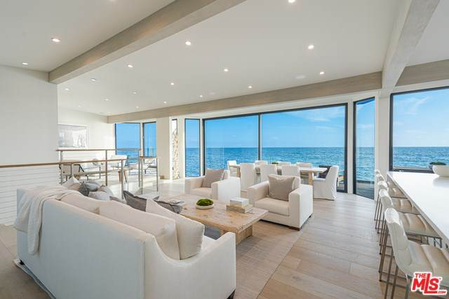 18964 Pacific Coast Highway, Malibu, CA 90265 (#20555802) :: The Brad Korb Real Estate Group