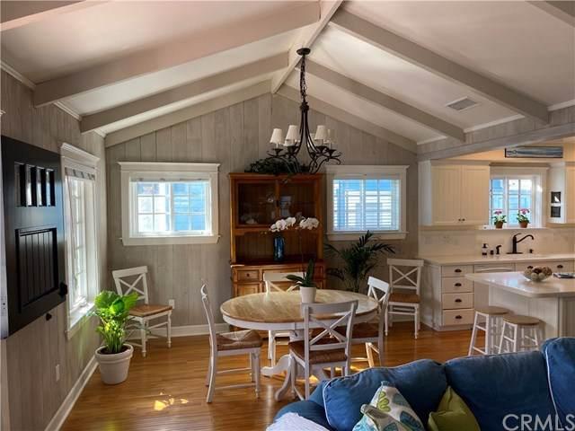 211 Crystal Avenue, Newport Beach, CA 92662 (#OC20035775) :: Berkshire Hathaway HomeServices California Properties