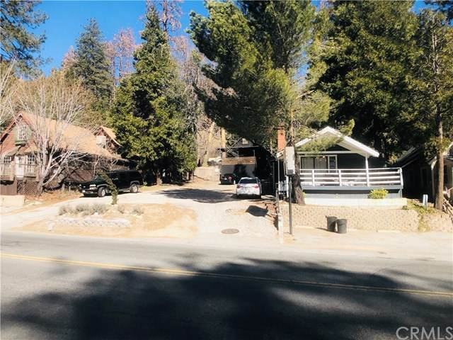 24050 Lake Drive, Crestline, CA 92325 (#DW20036032) :: Rogers Realty Group/Berkshire Hathaway HomeServices California Properties