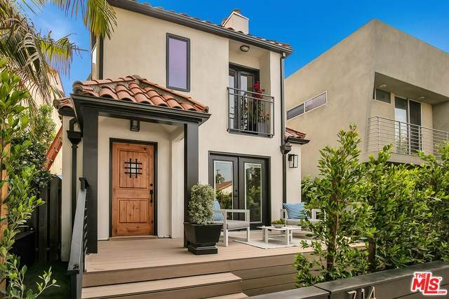 714 Navy Street, Santa Monica, CA 90405 (#20553114) :: Berkshire Hathaway Home Services California Properties