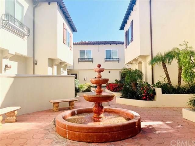 5753 White Oak Avenue #7, Encino, CA 91316 (#WS20036620) :: Veléz & Associates
