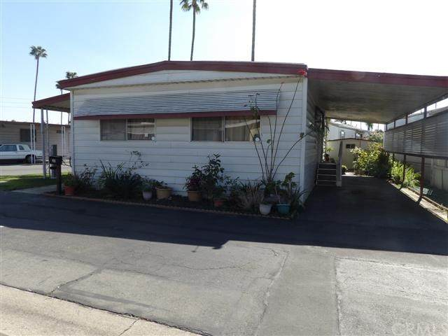 4117 W Mcfadden Avenue #30, Santa Ana, CA 92704 (#PW20037666) :: Crudo & Associates