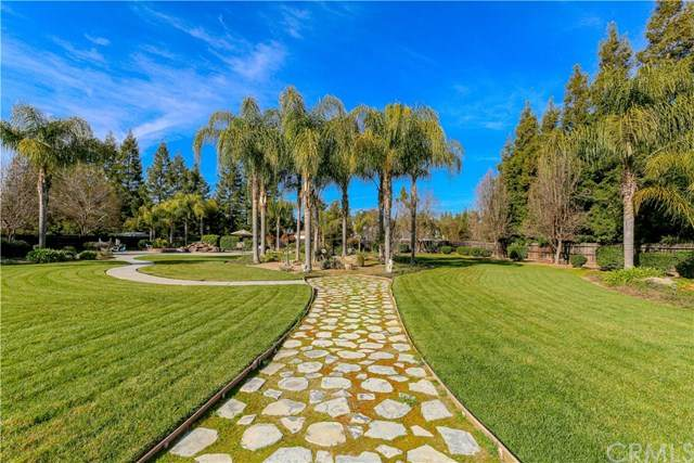 5268 Queen Elizabeth Drive, Atwater, CA 95301 (#MC20036757) :: Compass Realty
