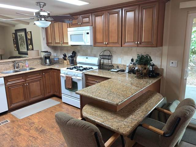 73450 Country Club Drive, Palm Desert, CA 92260 (#219039340DA) :: Z Team OC Real Estate