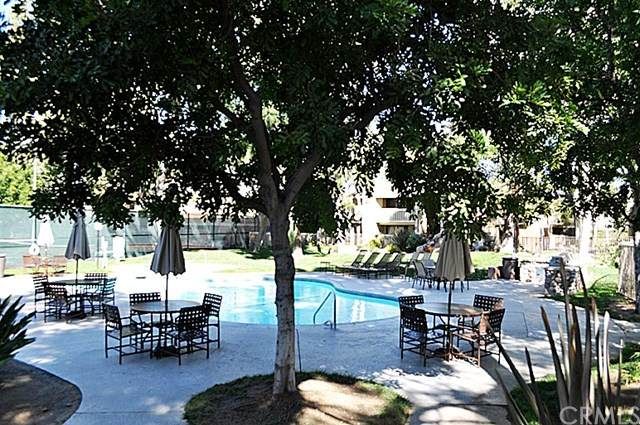 3535 Banbury Drive #136, Riverside, CA 92505 (#OC20037783) :: A|G Amaya Group Real Estate