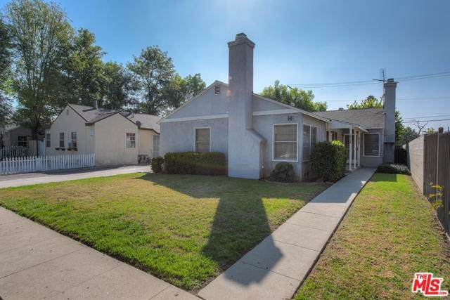 14154 Friar Street, Van Nuys, CA 91401 (#20556370) :: The Veléz Team