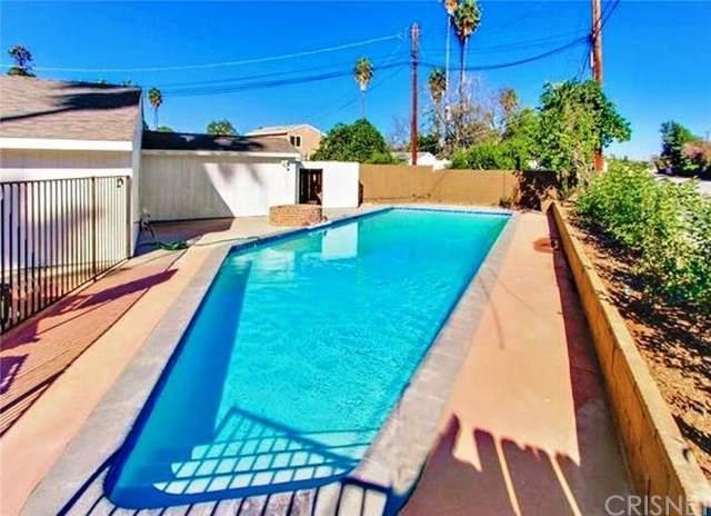 16723 Cantlay Street, Lake Balboa, CA 91406 (#SR20037002) :: Fred Sed Group